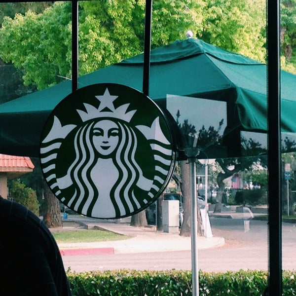 Photo taken at Starbucks by Kristen B. on 8/6/2014