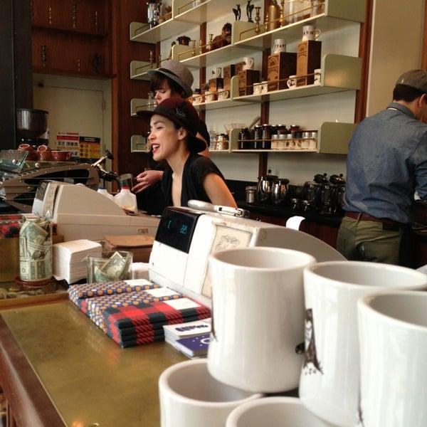 Photo taken at Stumptown Coffee Roasters by Abdullah A. on 3/15/2013