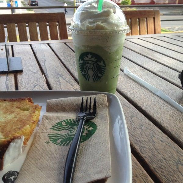 Photo taken at Starbucks by Viktoria on 7/14/2013