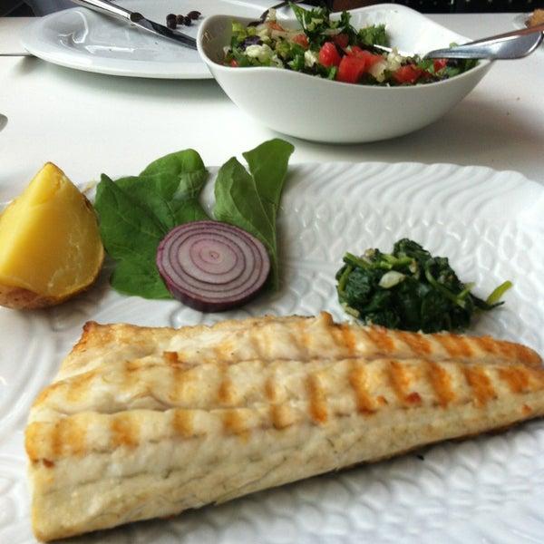 9/1/2013 tarihinde Burcu E.ziyaretçi tarafından Kalkan Balık Restaurant'de çekilen fotoğraf