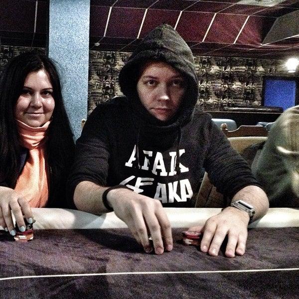 making money off poker