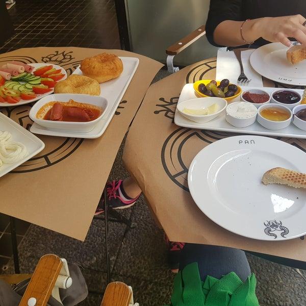 4/23/2018 tarihinde Hale A.ziyaretçi tarafından Pan Karaköy'de çekilen fotoğraf