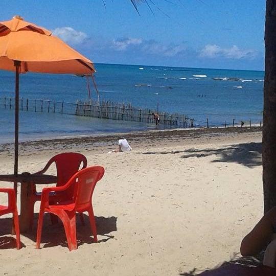 Foto tirada no(a) Praia da Garça Torta por Rafael L. em 4/14/2013