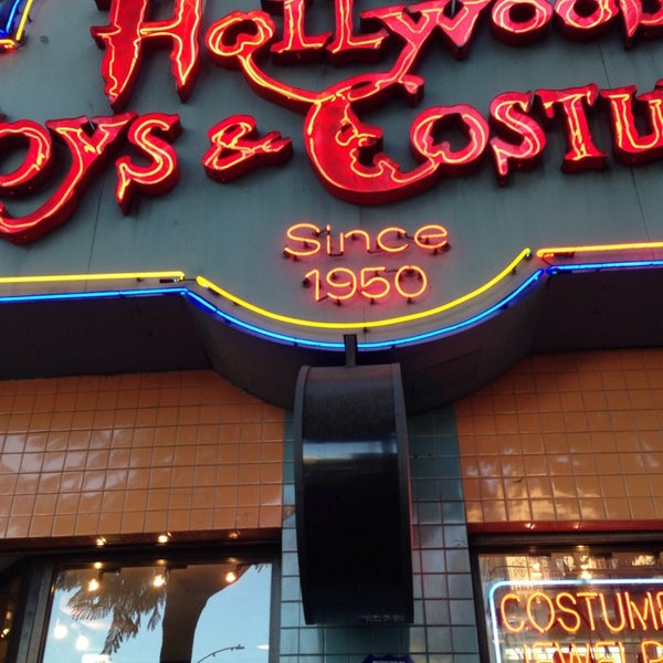 Photo taken at Hollywood Toys & Costumes by Glitterati Tours on 10/30/2014