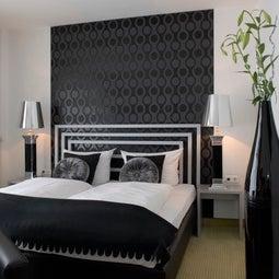 hotel friends k ln flittard k ln nordrhein westfalen. Black Bedroom Furniture Sets. Home Design Ideas