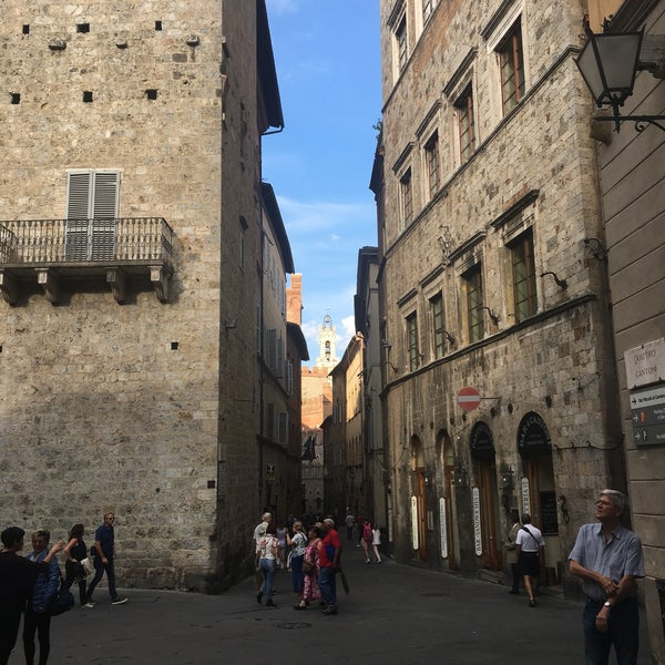 Photo taken at Siena by Tansu D. on 9/28/2017