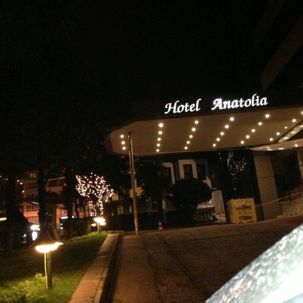2/22/2013 tarihinde Serkan K.ziyaretçi tarafından Anatolia Hotel'de çekilen fotoğraf