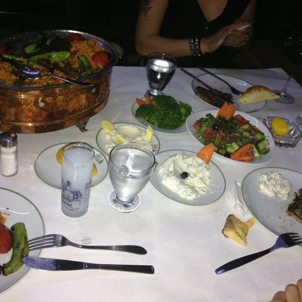 5/22/2013 tarihinde £lif Çilem S.ziyaretçi tarafından Çamaltı Restaurant'de çekilen fotoğraf