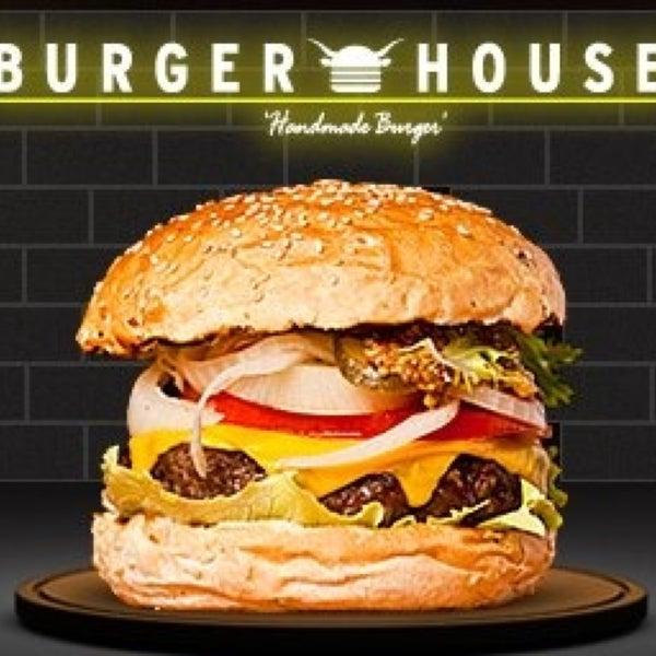 burger house art k kapal ortak y muallim naci cad no 45 ortak y. Black Bedroom Furniture Sets. Home Design Ideas