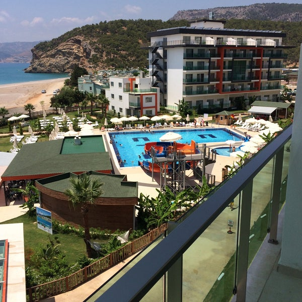 7/16/2015 tarihinde Gökhan Y.ziyaretçi tarafından Ulu Resort Hotel'de çekilen fotoğraf