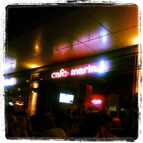 7/30/2013 tarihinde Erol özkan K.ziyaretçi tarafından Cafe Marin'de çekilen fotoğraf