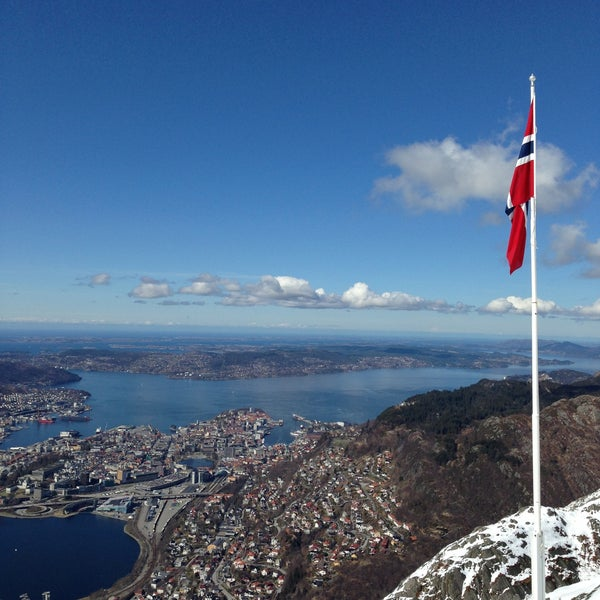 Where's Good? Holiday and vacation recommendations for Bergen, Norway. What's good to see, when's good to go and how's best to get there.