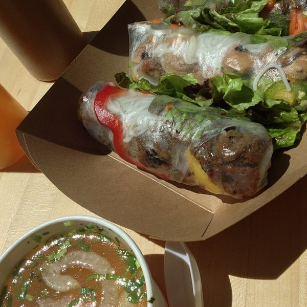 Photo taken at Freshroll Vietnamese Rolls & Bowls by Stephanie N. on 5/12/2013