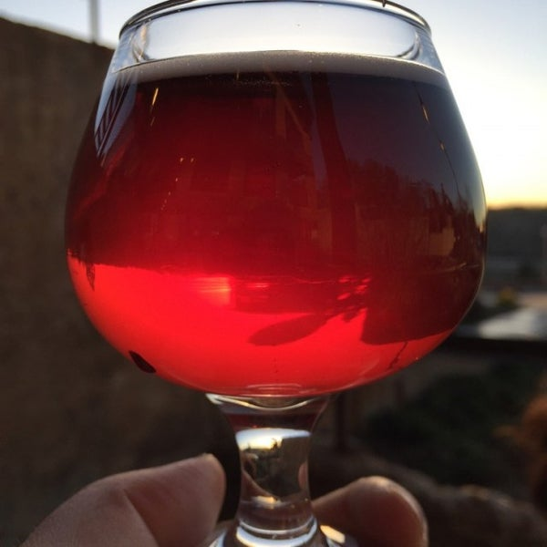Photo taken at Haw River Farmhouse Ales by Dave R. on 12/28/2016