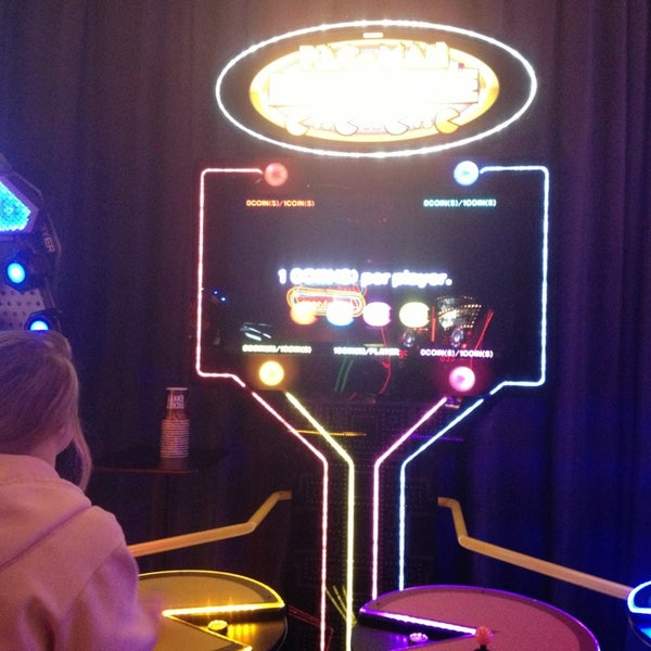 Photo taken at Dave & Buster's by Christine N. on 2/10/2013