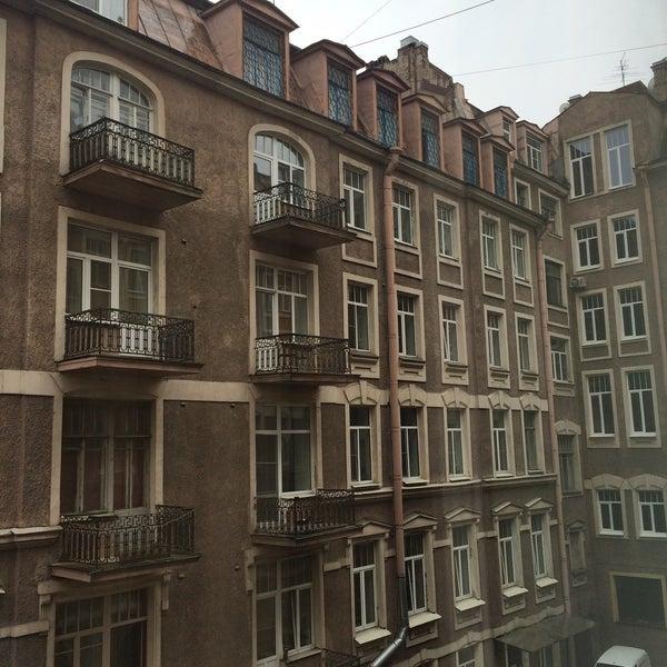 Снимок сделан в Hotel Nevsky Contour пользователем Natasha R. 5/8/2015