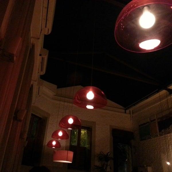Foto scattata a Meza Bar da Abilio F. il 6/21/2013