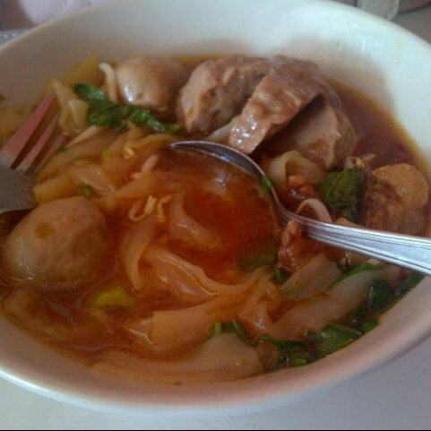 Bakso goyang lidah asian restaurant in bogor for Aja asian cuisine