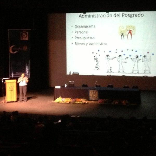 Foto tomada en Teatro Hidalgo por Xavier M. el 6/19/2013