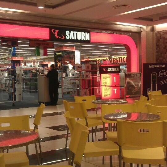 Foto scattata a Centro Commerciale Parco Leonardo da Gabriele G. il 5/1/2013