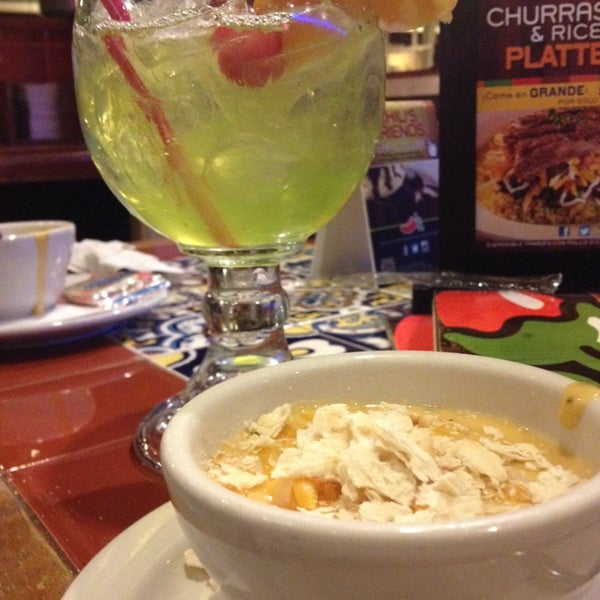 Photo taken at Chili's Grill & Bar by Karlys R. on 10/29/2013