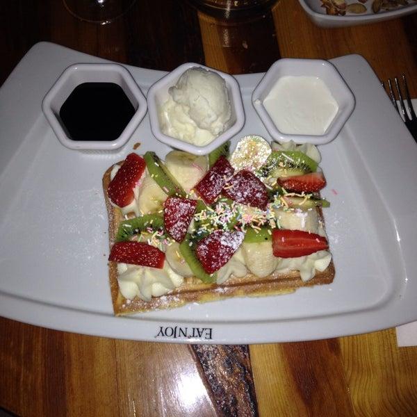 3/1/2014 tarihinde Ayse A.ziyaretçi tarafından Eat'n Joy'de çekilen fotoğraf