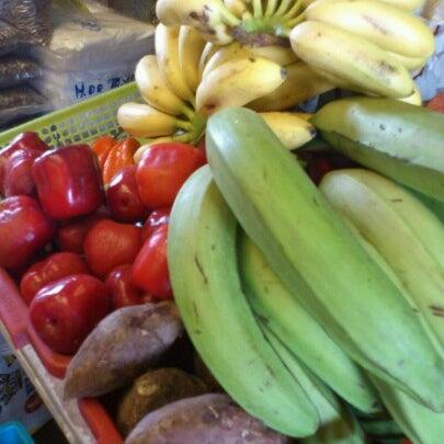 Foto tomada en Vega Central por Soledad G. el 9/23/2012