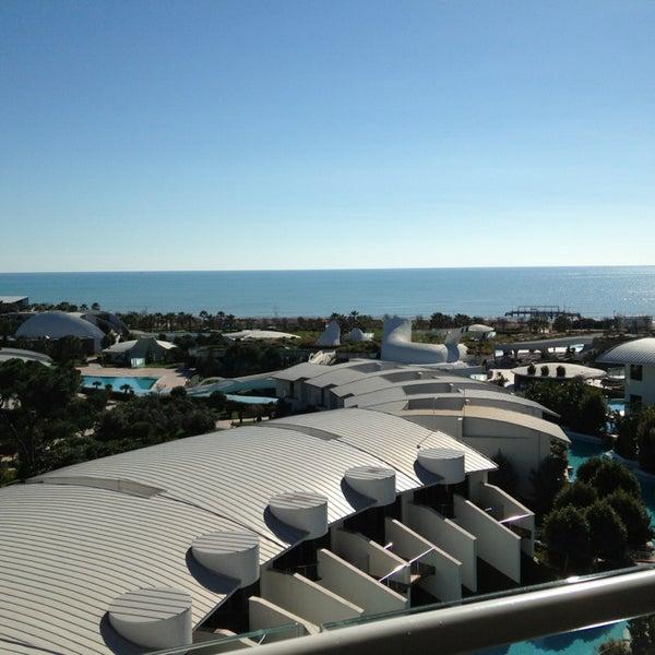 2/6/2013 tarihinde Natalia B.ziyaretçi tarafından Cornelia Diamond Golf Resort & Spa'de çekilen fotoğraf