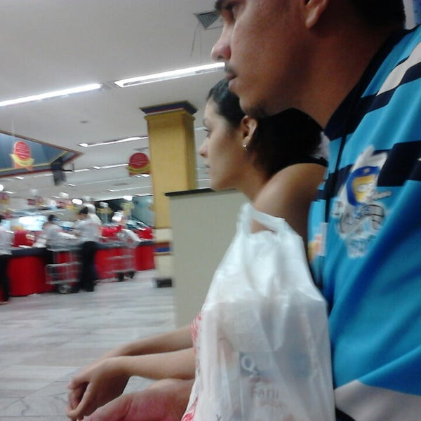 Photo taken at Supermercados Nazaré by Celle B. on 7/31/2013