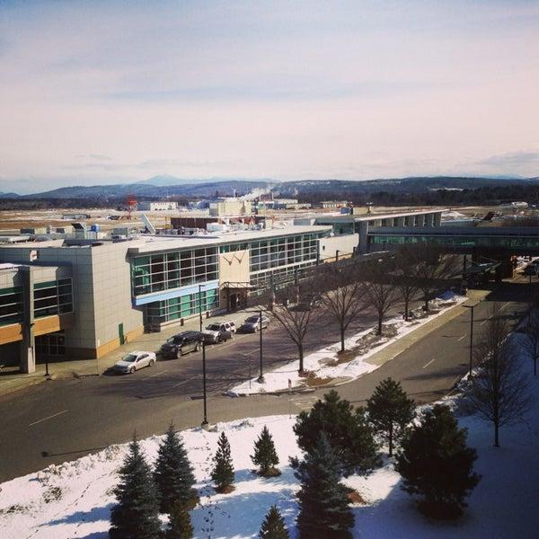 Foto tomada en Burlington International Airport (BTV) por Redmond el 2/16/2013