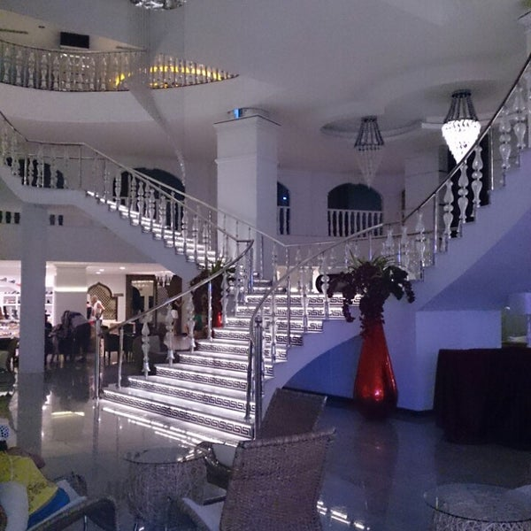 6/6/2013에 ünver G.님이 Q Premium Resort Hotel Alanya에서 찍은 사진