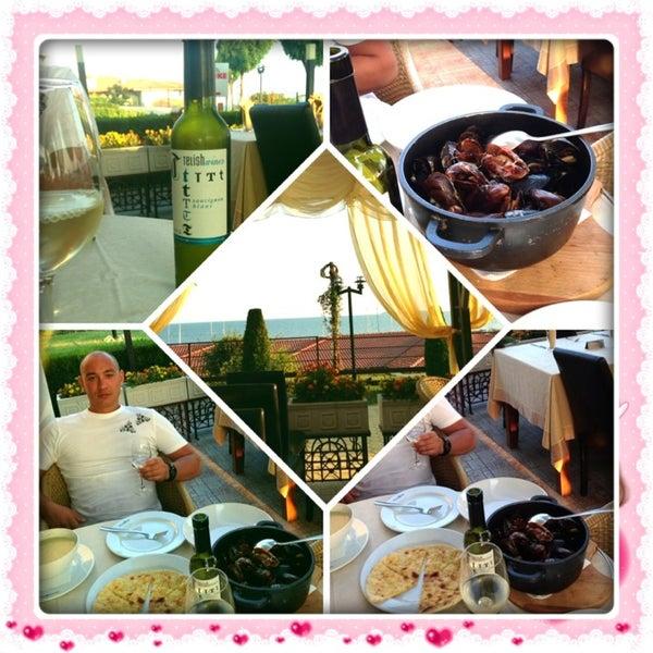 Photo taken at Diamond Restaurant by Анна Ч. on 8/19/2013