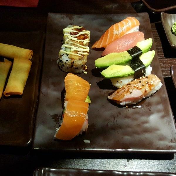 yumini sushi grill japanese restaurant in bermudadreieck. Black Bedroom Furniture Sets. Home Design Ideas