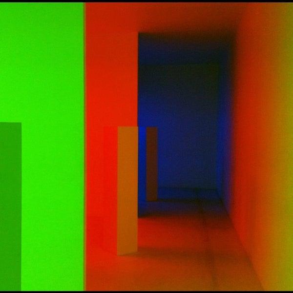 Foto tomada en MUAC (Museo Universitario de Arte Contemporáneo). por Josue C. el 11/20/2012