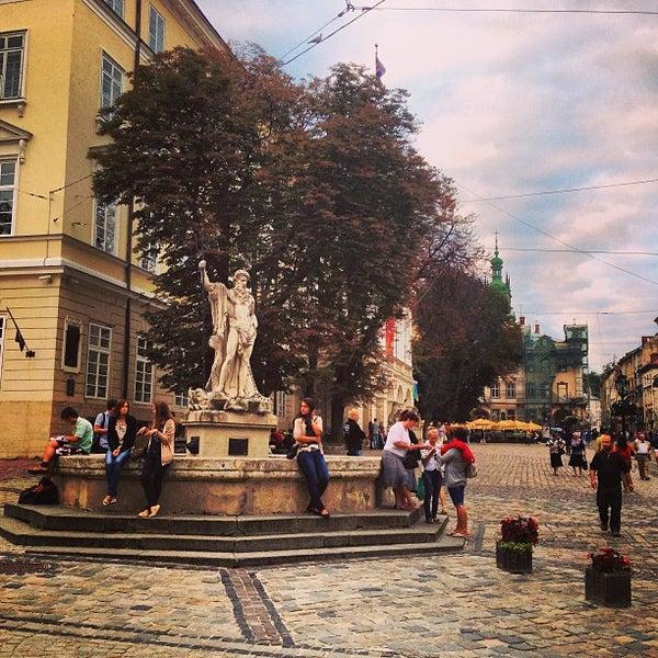 Снимок сделан в Площадь Рынок пользователем Вадим Л. 7/16/2013