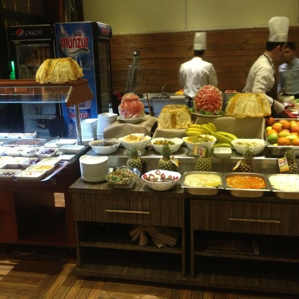 3/29/2013 tarihinde Süleyman D.ziyaretçi tarafından Cheffy Dünya Mutfağı'de çekilen fotoğraf