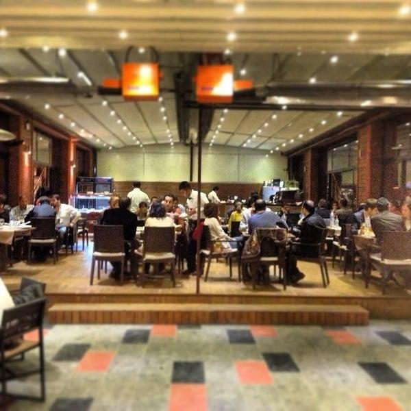 3/28/2013 tarihinde Süleyman D.ziyaretçi tarafından Cheffy Dünya Mutfağı'de çekilen fotoğraf