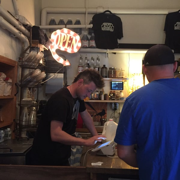 Photo taken at Ghost Alley Espresso by Leta C. on 7/31/2017