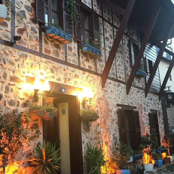 7/15/2017 tarihinde Yunus K.ziyaretçi tarafından Centauera Butik Hotel &Cafe'de çekilen fotoğraf