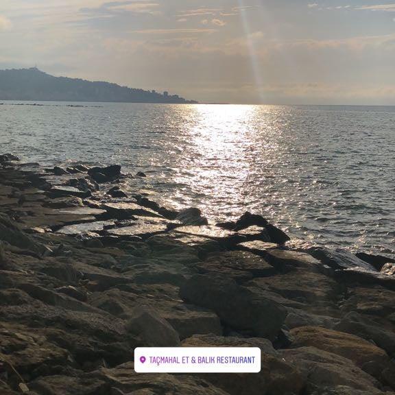 7/27/2018 tarihinde Ebru U.ziyaretçi tarafından Taçmahal Et Balık Restorant'de çekilen fotoğraf