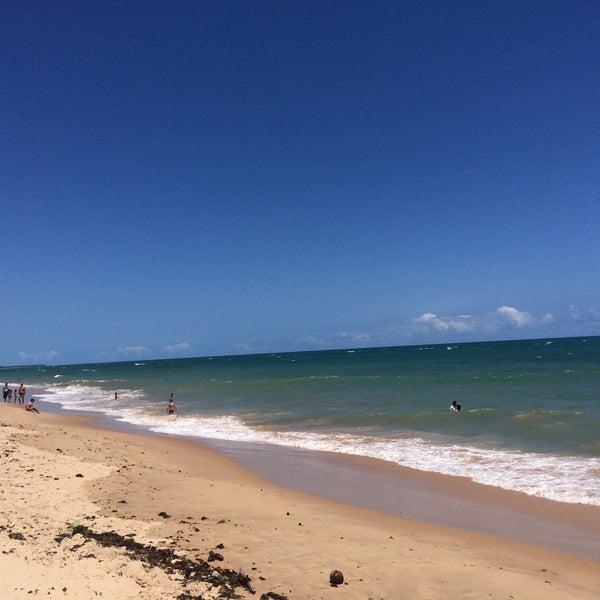 Foto tirada no(a) Praia da Garça Torta por Érika S. em 12/29/2017