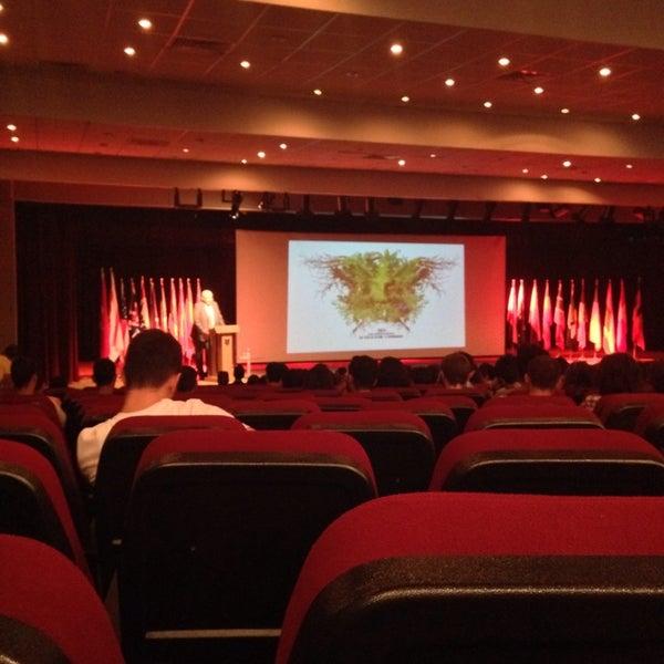 Снимок сделан в Girne American University пользователем 🎀Hande K. 9/25/2013