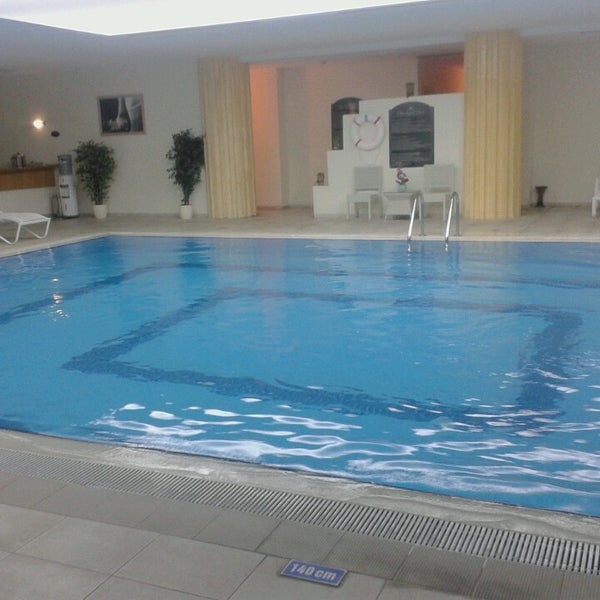 Das Foto wurde bei Harrington Park Resort Hotel von BaRKıN Tattooart am 2/19/2013 aufgenommen