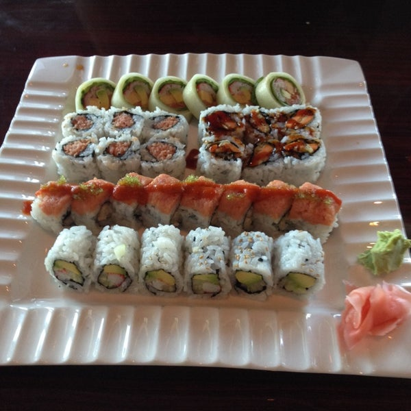 Photo taken at Sushi On The Rocks by Kassie J. on 4/18/2014