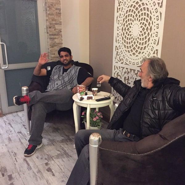 Das Foto wurde bei Room room Boutique Hotel von Ercan Canay A. am 2/22/2017 aufgenommen