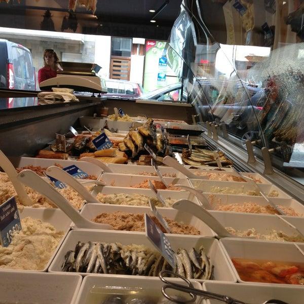 Vishandel mercator oostende fish market in oostende for Boston fish market chicago