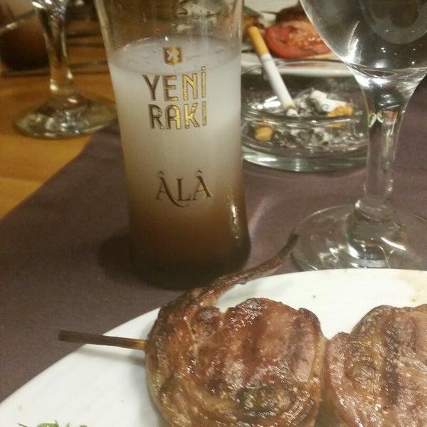 12/4/2014 tarihinde Hakan A.ziyaretçi tarafından Pirzola Steak House'de çekilen fotoğraf