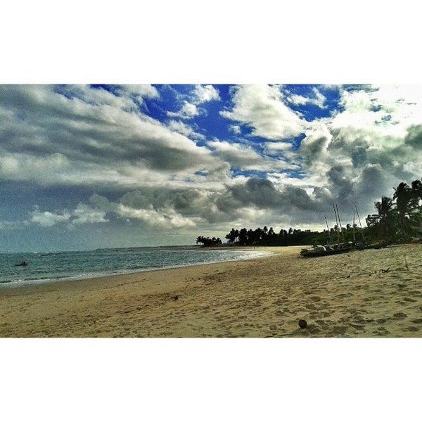 Foto tirada no(a) Praia da Garça Torta por Adeliane P. em 2/8/2014