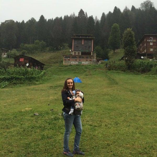 9/4/2016 tarihinde Edanur K.ziyaretçi tarafından Villa de Pelit Otel'de çekilen fotoğraf