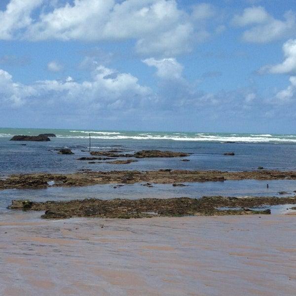 Foto tirada no(a) Praia da Garça Torta por Wallace A. em 8/23/2013